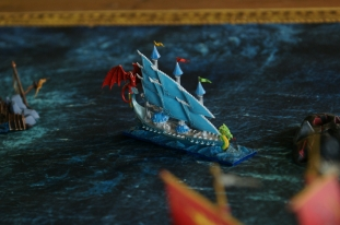 The elven ship, the Seadrake (failed paintjob imo)